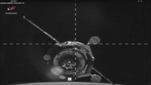 Baan van ruimtestation ISS wat opgekrikt om terugkeer Sojoez-capsule te vergemakkelijken