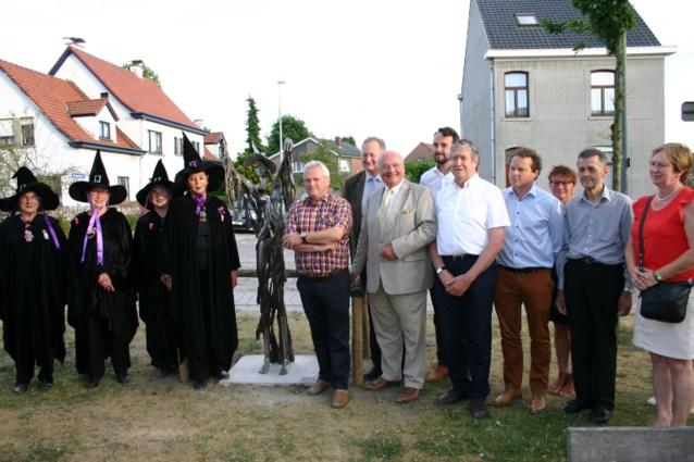 Heksengilde tovert Kasteeldreef om in 'Konijnendreef'
