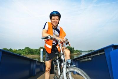 """Frank Deboosere zeker niet de enige die niet meer kan fietsen van de pijn: """"We gaan veel heupen en knieën moeten plaatsen"""""""