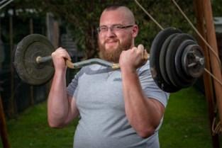 """Tjörven (35) is de sterkste : """"Macho's en obese mannen hebben hier niets te zoeken"""""""
