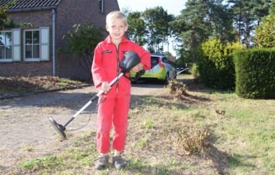 Een granaat, een Duitse helm en zelfs een schedel: zelfs Dovo staat ervan te kijken wat Thomas (7) allemaal in zijn tuin vindt