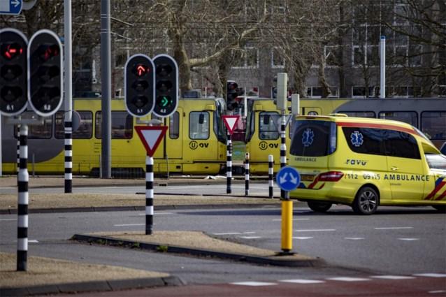 30-jarige steekt drie tieners neer in Nederland
