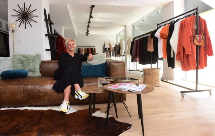 """Ze gaf haar naam aan een weinig flatterende award, maar nu heeft Barbara Dex (45) een eigen kledingzaak: """"Ik krijg al jaren complimenten over mijn outfits"""""""