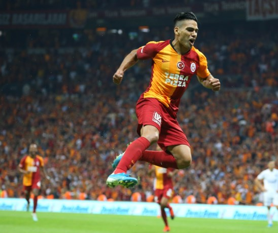 Club Brugge is gewaarschuwd: Falcao tilt Galatasaray uit de crisis