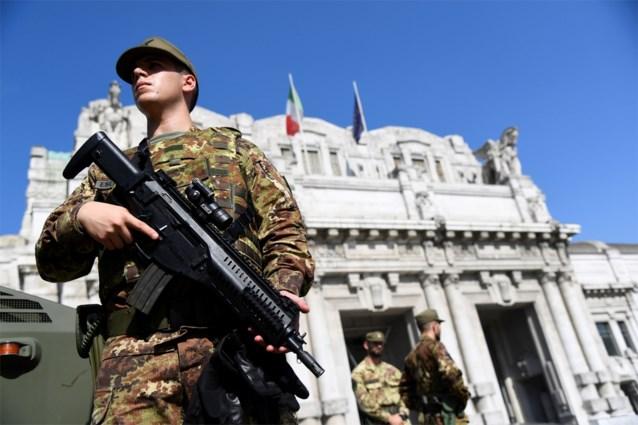 "Man steekt militair neer in Milan en roept ""Allahu akbar"" bij arrestatie"
