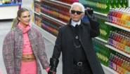 Bekendheden nemen iconisch wit hemd van Karl Lagerfeld onder handen