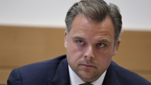 """Minister van Telecom De Backer: """"Voldoende kandidaat-opvolgers voor Proximus-CEO Leroy binnen huidig loonpakket"""""""