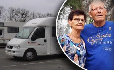 Guido en Gilberta (80) blijven achter met alleen de strandkledij die ze droegen nadat mobilhome gestolen wordt