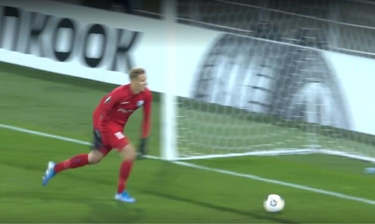 Thomas Kaminski zorgt bij AA Gent voor dé blunder van de Europa League-avond
