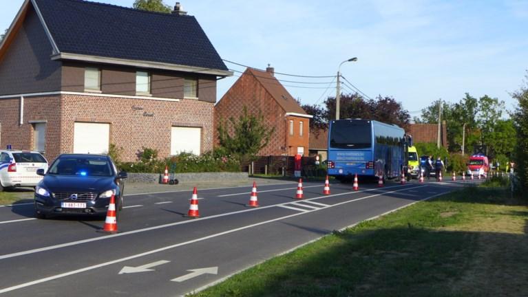 Zestiger op elektrische fiets overleeft ongeval met bus niet