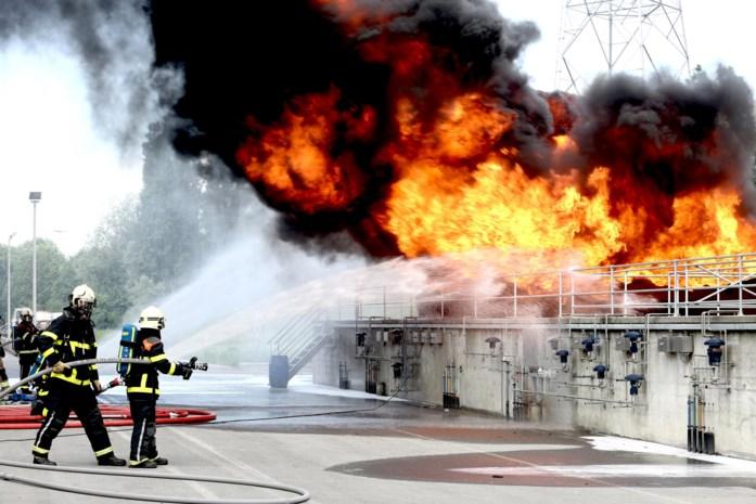 """Brandweer zoekt 92 vrijwilligers: """"In 6 minuten van thuis tot kazerne"""""""