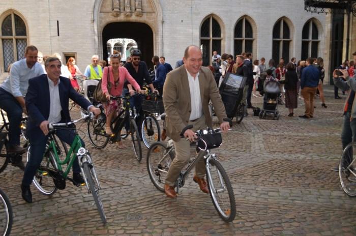 """Hoofdstad wil dubbel zoveel fietsers binnen de vijf jaar: """"Fietsen moet minder exotisch worden"""""""