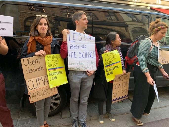 Togastoet met 't Vliegerke en stil protest