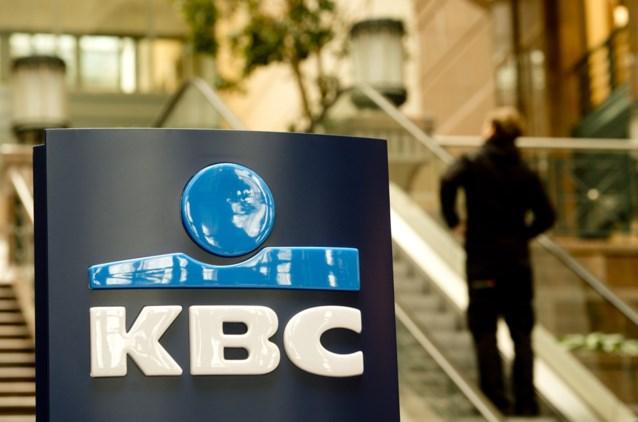 KBC wil tientallen medewerkers ook op zondag inzetten in de callcenters, maar vakbond ligt dwars