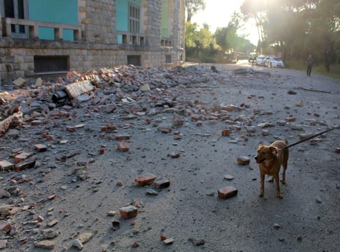 Paniek in Albanië na zware aardbeving
