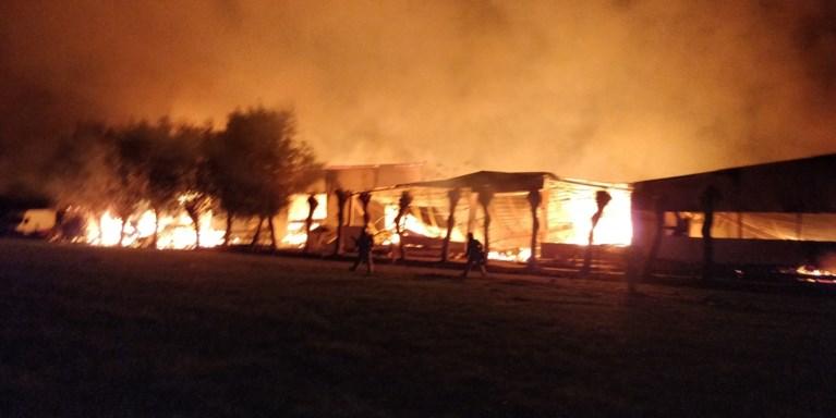 Zware brand legt schrijnwerkerij in Opwijk helemaal in de as