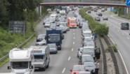 """Brandweer wil aanpassing wegcode om werk te kunnen doen: """"Wet verbiedt ons om veilig door file te geraken"""""""