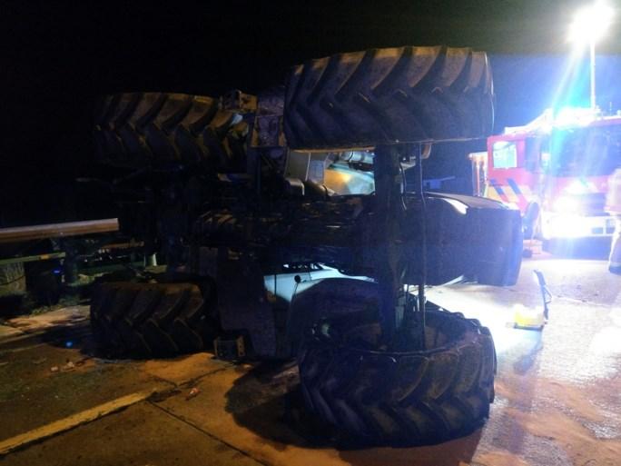 Negentienjarige in kritieke toestand nadat hij gekneld was geraakt onder zijn tractor