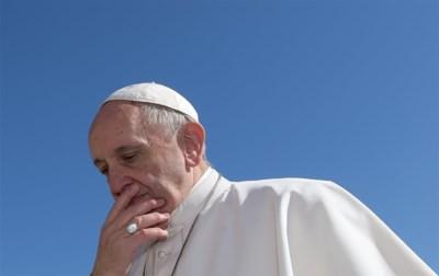 Als de geest niet meer heilig is: paus bindt strijd aan met bijvoeglijke naamwoorden