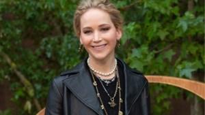 Van yogamat tot fondueset: Jennifer Lawrence onthult haar huwelijkslijst