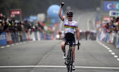 Wereldkampioene Anna van der Breggen rondt solo met succes af in GP Plouay