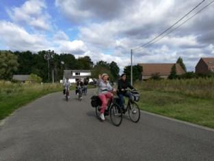 Personeel gemeentebestuur Steenokkerzeel op de fiets tijdens Car Free Day