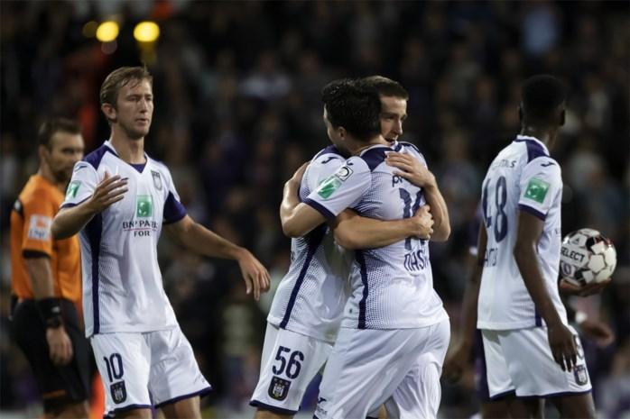 Anderlecht wint pas na verlengingen tegen Beerschot: Saelemaekers vermijdt drama met drie assists