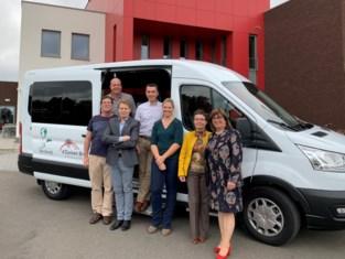 Nieuw busje voor DVC De Dagvlinder