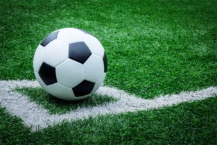 Amateurvoetballer riskeert celstraf voor vuistslag op weg naar kleedkamer