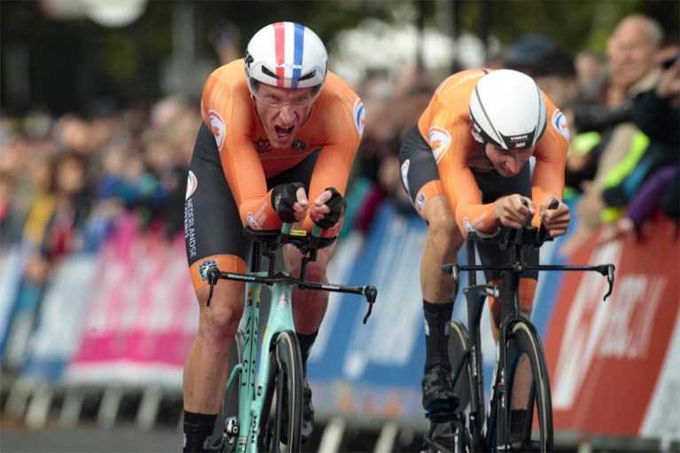 Nederland maakt favorietenrol waar en is allereerste wereldkampioen Mixed Team Relay