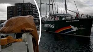 Iconische Rainbow Warrior meert aan in Oostende