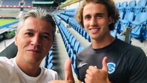 """Genk-doelman Gaëtan Coucke (21) heeft bijzondere tatoeage: """"Er staat <I>Kiss Me</I> aan de onderkant van mijn lip. Een souvenir van Ibiza"""""""