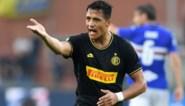Invaller Romelu Lukaku blijft met Inter foutloos in Serie A, Alexis Sanchez scoort en pakt rood
