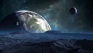 """Astronomen vinden reusachtige planeet """"die niet eens zou mogen bestaan"""""""