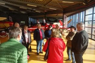 Nationale Strijdersbond op bezoek in Luchthaven en Wintertuin