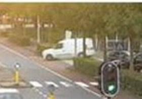 Politie zoekt witte bestelwagen die gebruikt werd als vluchtauto na moord op Nederlandse advocaat