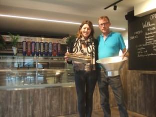 Voormalig slager Frank opent frituur maar blijft twee 'klassiekers' uit zijn vorig leven trouw