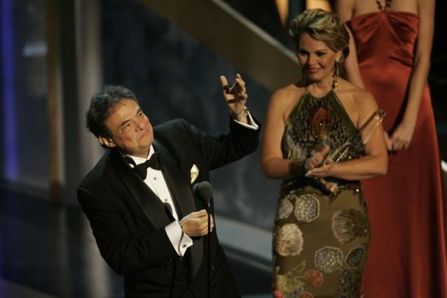 Hij verkocht 100 miljoen platen, maar nu is zijn gezin het lichaam van zanger José José kwijt