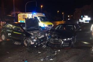 Brandweerman raakt zelf gewond op weg naar zwaar ongeval