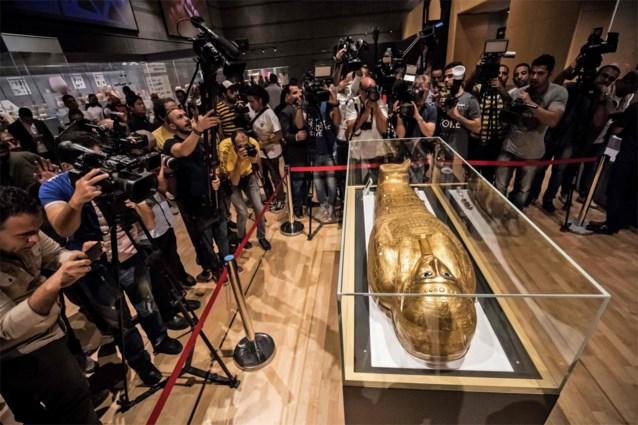 Gestolen gouden sarcofaag is weer thuis