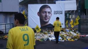 Terwijl Emiliano Sala overleed en daarna ook zijn vader stierf, blijven Cardiff City en Nantes ruziemaken over centen