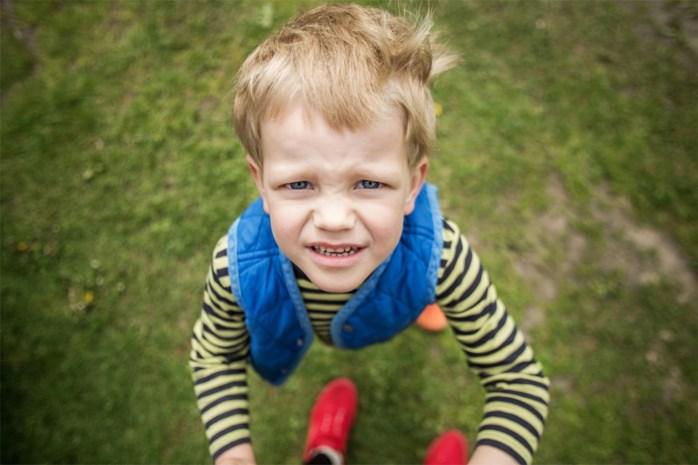 """""""Mijn zoon van zes liegt steeds vaker"""": onze opvoedingsdeskundige geeft advies"""