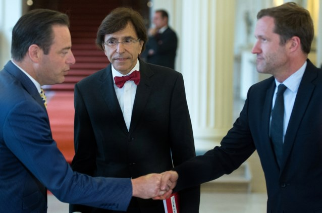 De Wever en Francken trokken gisteravond naar Wallonië om Magnette en Di Rupo te ontmoeten
