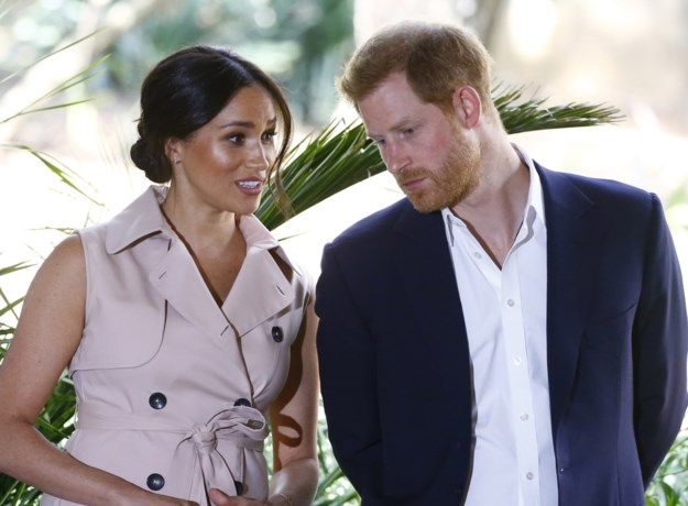 Prins Harry dient klacht in tegen tabloids