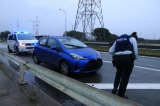 Lichte aanrijding loopt volledig uit de hand: chauffeur krijgt vuistslagen door raampje