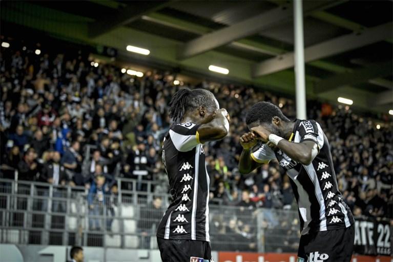 De zege van de hoop: Chadli bezorgt Anderlecht ondanks blunder van VAR drie punten bij Charleroi