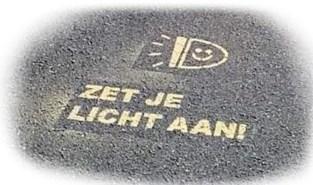 Brandt de lamp al? Zo wil de politie fietsers meer zichtbaar maken