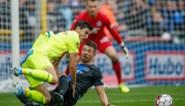 De VAR doet opnieuw van zich spreken: strafschop voor Gent niet gefloten, goal Genk afgekeurd voor twijfelachtig buitenspel