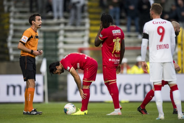 """Chef voetbal Ludo Vandewalle: """"Bölöni heeft twee problemen die hij moet oplossen bij Antwerp"""""""
