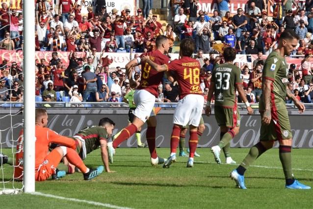 """Ongeziene beelden van furieuze trainer na afgekeurde winning goal van AS Roma: """"Het is gewoon beschamend"""""""